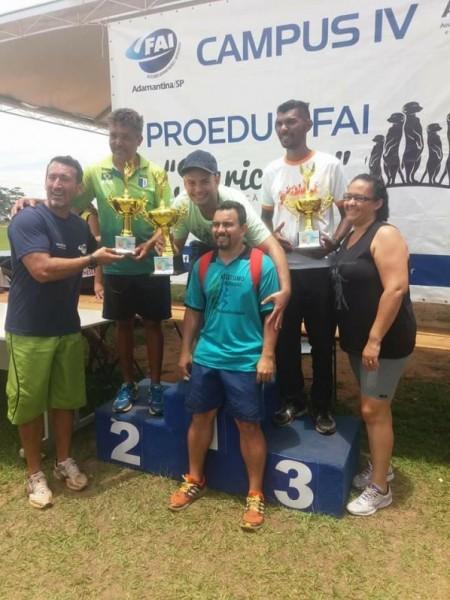 Equipe de atletismo de Salmourão conquista seu primeiro título neste final de semana