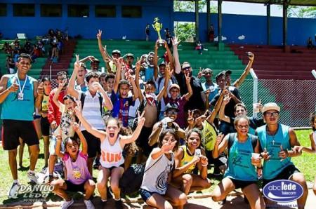 A equipe de Atletismo de Salmourão compete neste final de Semana em Adamantina