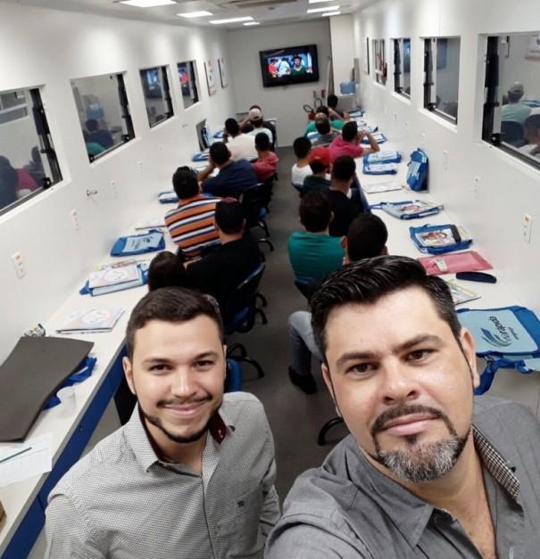 Profissional Ferrari Funilaria e Pintura de OC ministra curso de Metrologia em Rinópolis