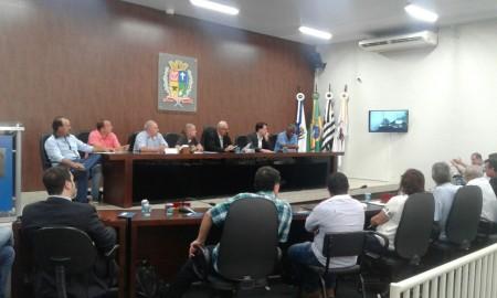 Bônus de Natal dos funcionários municipais é aprovado pela Câmara de Osvaldo Cruz
