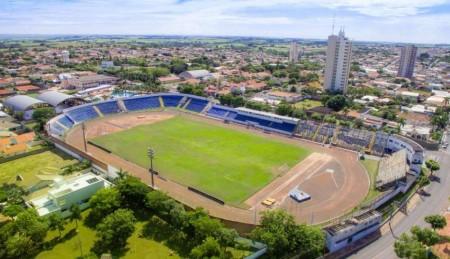 Federação Paulista de Futebol libera estádio Breno Ribeiro do Val