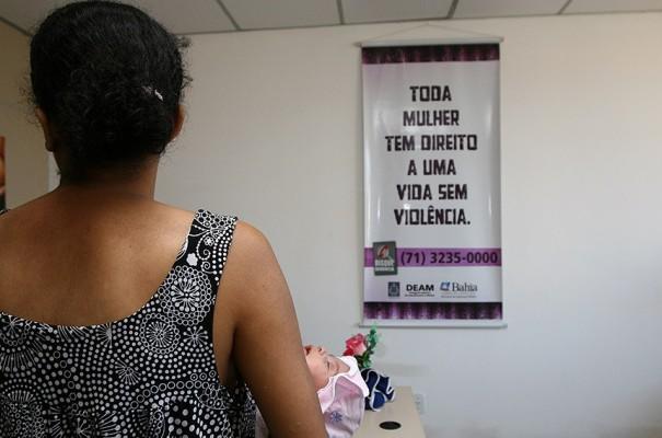 Senado aprova projeto que amplia proteção contra violência doméstica