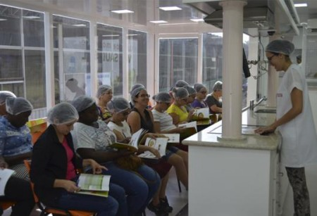 Secretaria de Indústria e Comércio de OC e Sesi abrem mais 5 turmas o Programa Alimente-se bem
