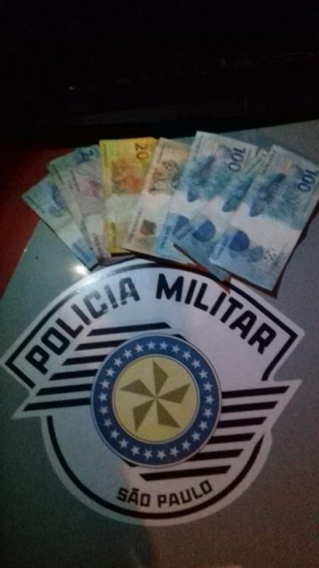 Programa sexual acaba com mulher presa depois de furtar R$700 de cliente