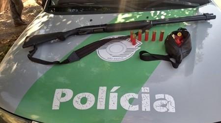 Polícia Ambiental apreende arma e autua homem por caça no Rio Aguapeí