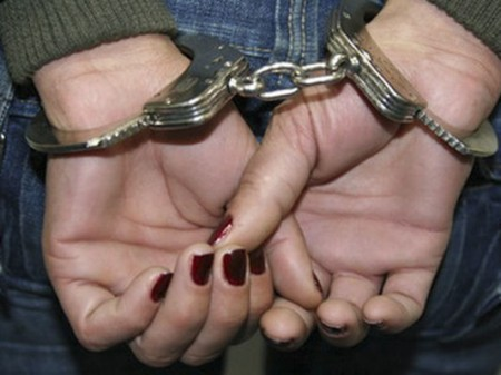 Mulheres compram R$ 150 mil em celulares e, no recebimento dos aparelhos, são presas em flagrante por estelionato
