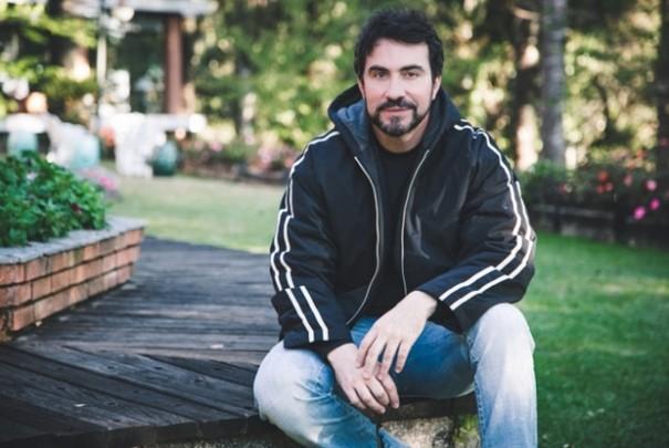 Padre Fábio de Melo deixa o Twitter após reações por crítica à 'saidinha'