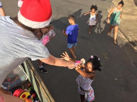Natal Solidário ajuda 3 mil pessoas em Santo Anastácio