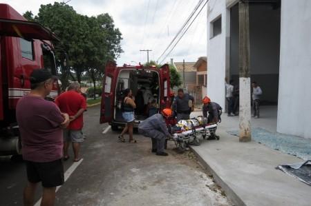Trabalhador leva descarga elétrica e sofre queimaduras ao pintar barracão comercial em Dracena