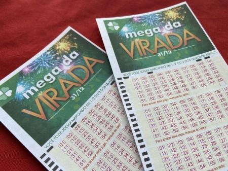 Mega da Virada: apostas movimentam R$ 210 milhões nesta segunda e batem recorde para um único dia