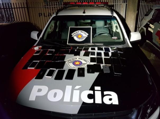 PM de Dracena prende quatro indivíduos por furto de celulares