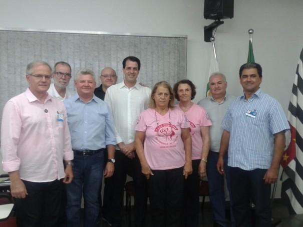 Rede Feminina de OC realiza reunião com representante do Hospital do Amor de Barretos