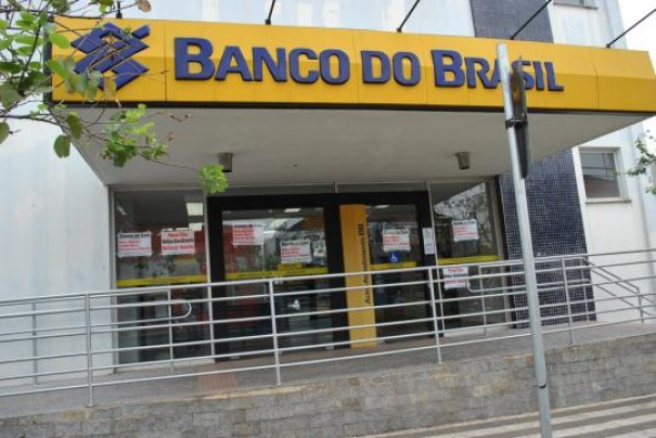Prefeitura faz convênio com Banco do Brasil e Itaú para pagamento de multas de trânsito