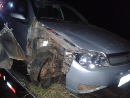 Casal de idosos fica gravemente ferido em acidente na vicinal Rinópolis-Iacri