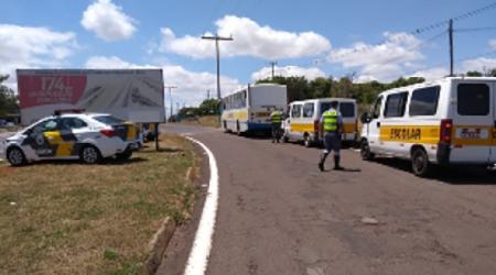 Na volta às aulas PM Rodoviária faz fiscalização voltada ao Transporte Escolar