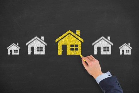 Imóveis residenciais têm desvalorização pelo 4º ano consecutivo, diz Fipe