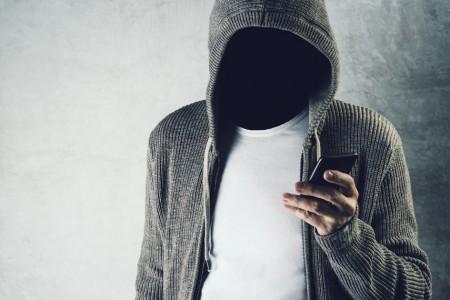 Morador de OC relata tentativa de golpe por celular