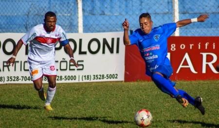Osvaldo Cruz é a favor de aumento no número de atletas inscritos na Segundona