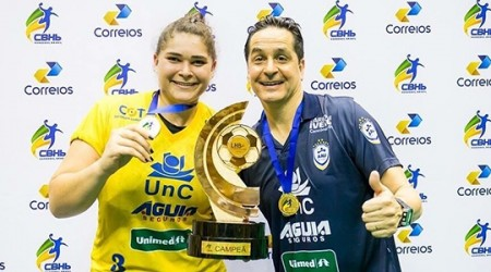 Luceliense Isaura Fernanda Menim vai para Espanha jogar Handebol