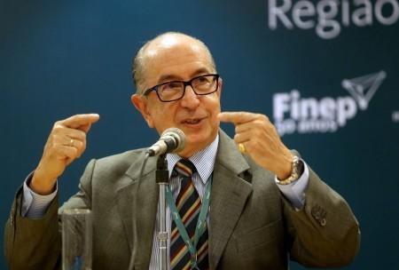 Governo estuda aumentar IR para rendas mais altas, diz secretário