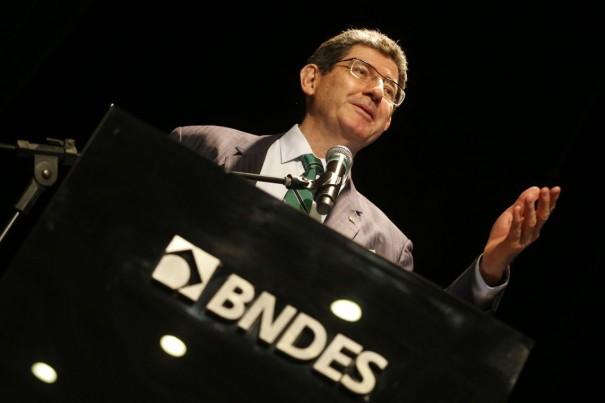 BNDES dará apoio técnico a privatizações, diz Joaquim Levy