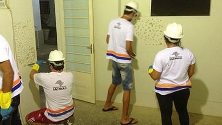 Fundo Social abre inscrições para curso de assentador de pisos e azulejos e pedreiro