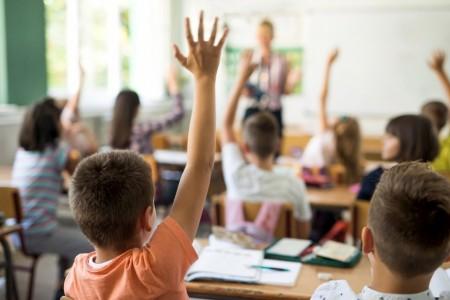 Educação SP nomeia mais de 1,4 mil Agentes de Organização Escolar aprovados em concurso público