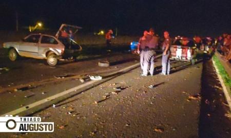 Estudante e cavalo morrem em acidente envolvendo cinco carros e uma moto