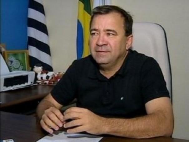 Câmara de Salmourão aprova contas do ano de 2016 do ex-prefeito José Luiz Rocha Peres
