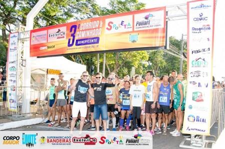 Cerca de 500 pessoas participaram da 3ª Corrida e Caminhada Beneficente do Aniversário de OC