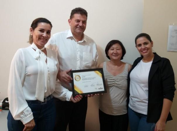 Sagres recebe o selo inicial do Programa Amigo do Idoso