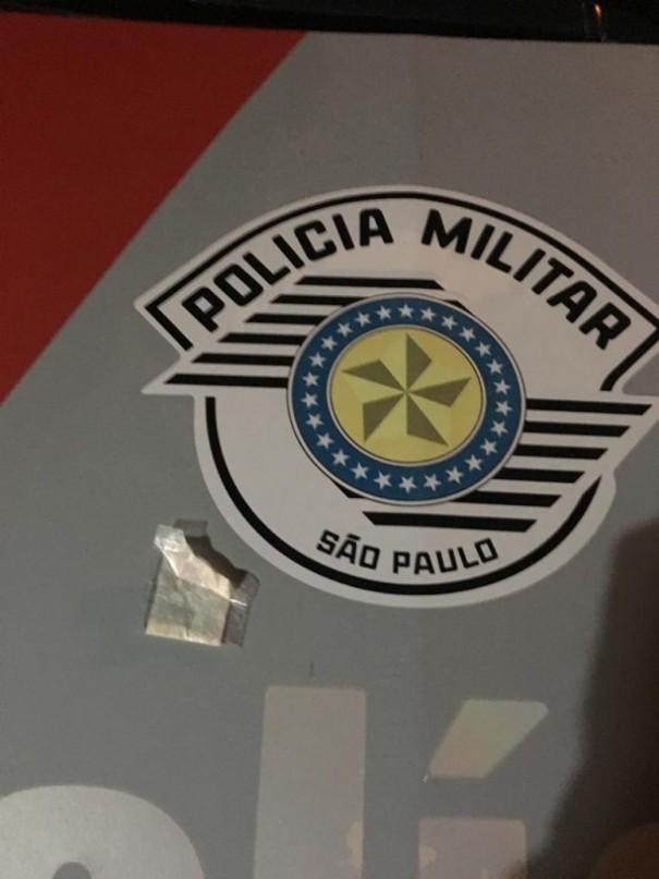 Polícia Militar de Osvaldo Cruz prende indivíduo portando cocaína