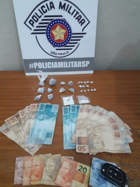 Polícia Militar de Osvaldo Cruz realiza flagrante de tráfico de drogas