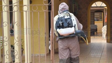 Combate a Dengue: Prefeitura de Tupã consegue emergencialmente 40 litros de veneno contra o Aedes.