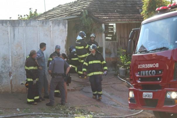 PM informa que mulher é suspeita de atear fogo na casa em Dracena