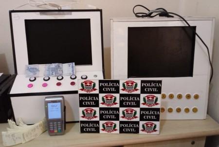 Ação da Polícia Civil apreende máquinas de caça-níqueis e de jogo de bicho em Panorama