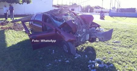 Acidente fere casal de idosos na SP-294; carro tem placas de Adamantina.