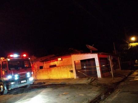 Casa na Vila Cordeiro, em Martinópolis, é interditada após incêndio; ninguém se feriu