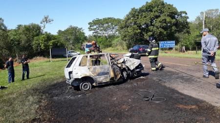 Homem morre carbonizado em acidente na SP-563
