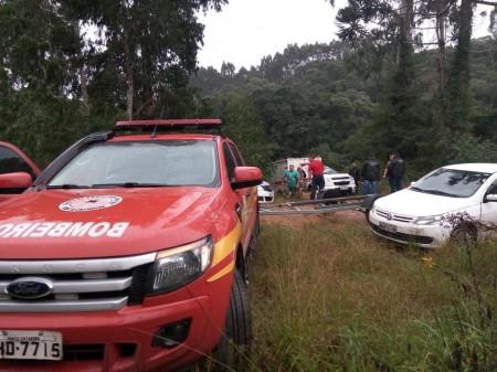 Após 7h de buscas, mergulhadores encontram corpo de pescador submerso no Rio Paraná