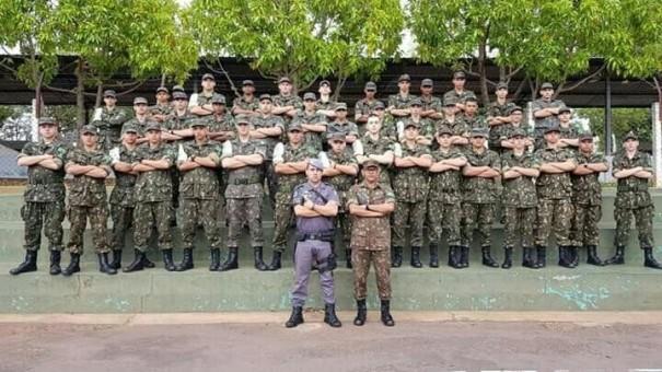 Força Tática da PM realiza instrução de controle de multidões para atiradores do TG de Osvaldo Cruz