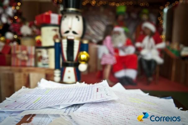 Prazo para adoção de cartinhas da campanha Papai Noel dos Correios foi prorrogado