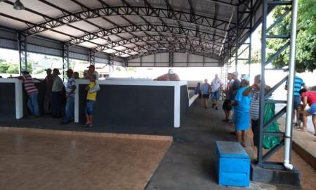 Inaugurada oficialmente canchas de bocha, malha e pista de skate em Irapuru
