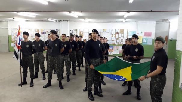 CEPM Brasil realiza cursos preparatórios para educação militar na região