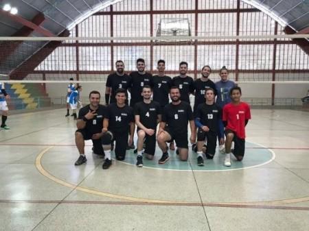 Vôlei adulto de Osvaldo Cruz é destaque em torneio regional