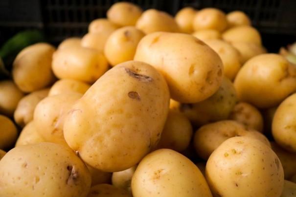 Queda nos preços da batata e da cebola ajuda a registrar deflação de 2,19% em supermercados de Presidente Prudente