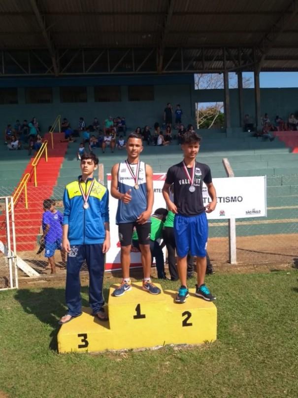Osvaldo-cruzense de 13 anos é Campeão Estadual nos 75 metros rasos em Dracena