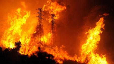 Queimadas provocam prejuízos à natureza,à saúde e às redes elétricas