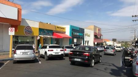 Prefeitura de Adamantina altera horário para comércio, serviços e salões de beleza e barbearia