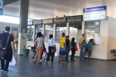 Empresas de ônibus se preparam para aumento de passageiros no Carnaval